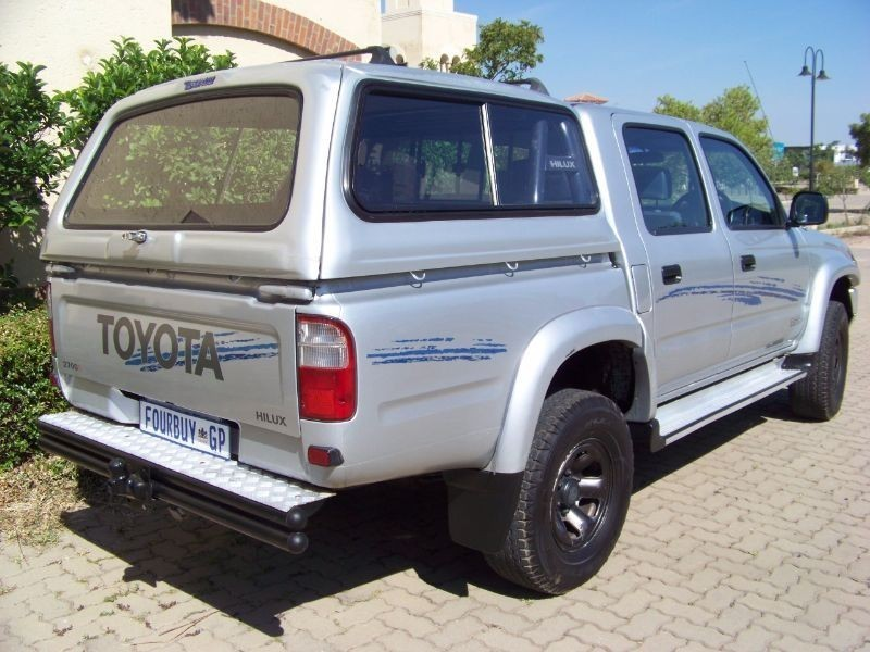 Toyota Hilux 2.7 2000 photo - 11