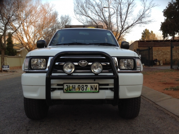 Toyota Hilux 2.7 2000 photo - 5