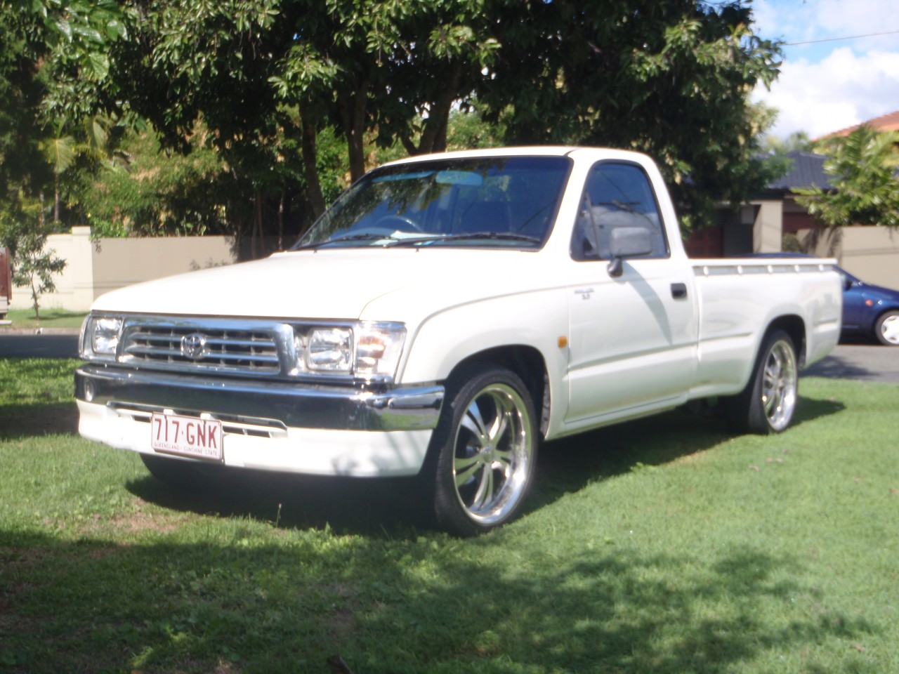 Toyota Hilux 2.7 2000 photo - 7