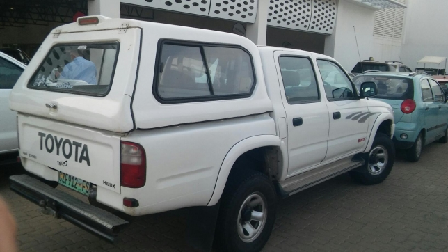 Toyota Hilux 2.7 2001 photo - 3