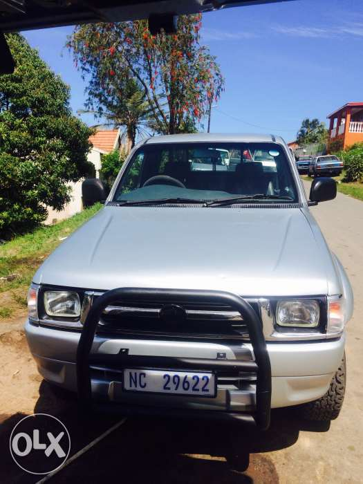 Toyota Hilux 2.7 2001 photo - 8