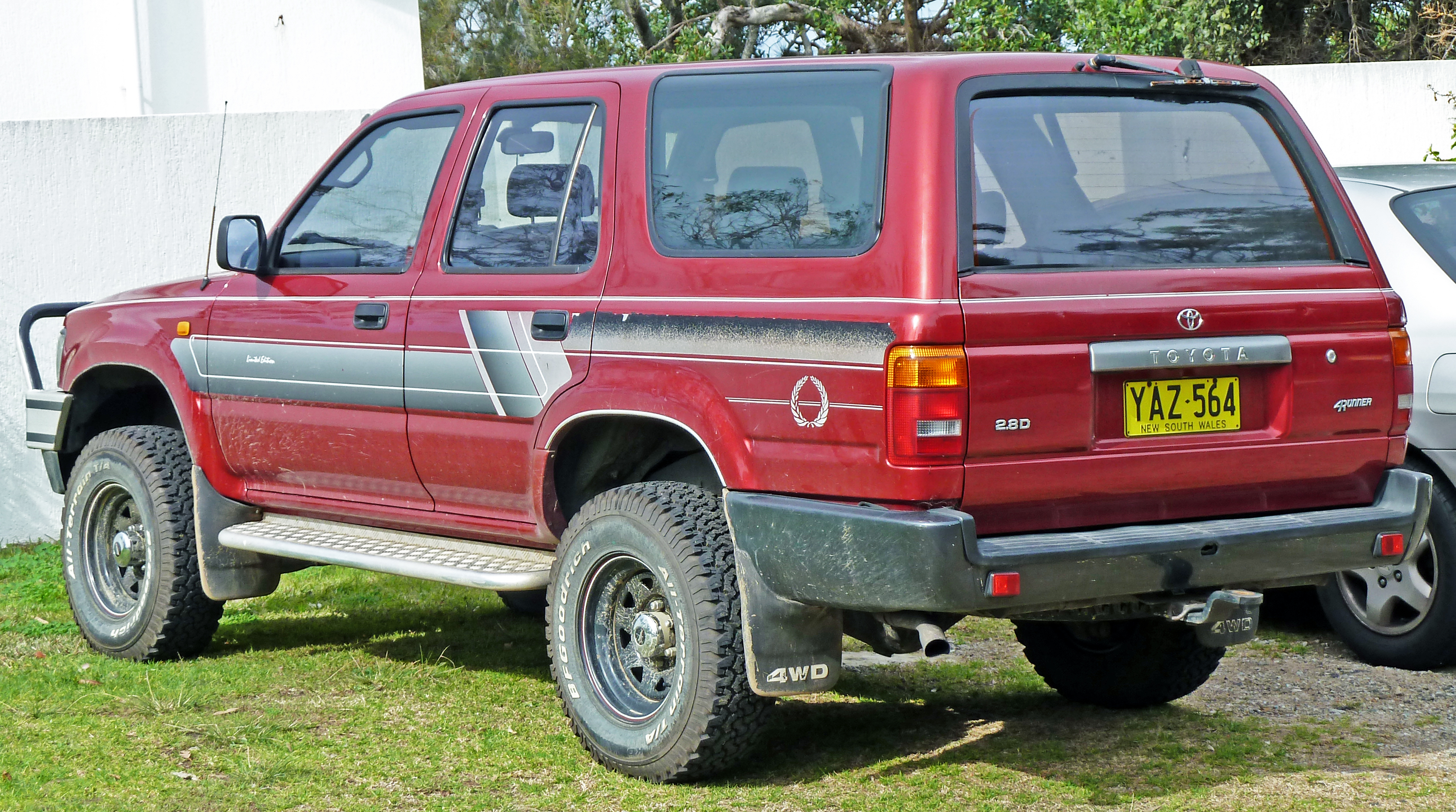 Toyota Hilux 2.8 1991 photo - 1