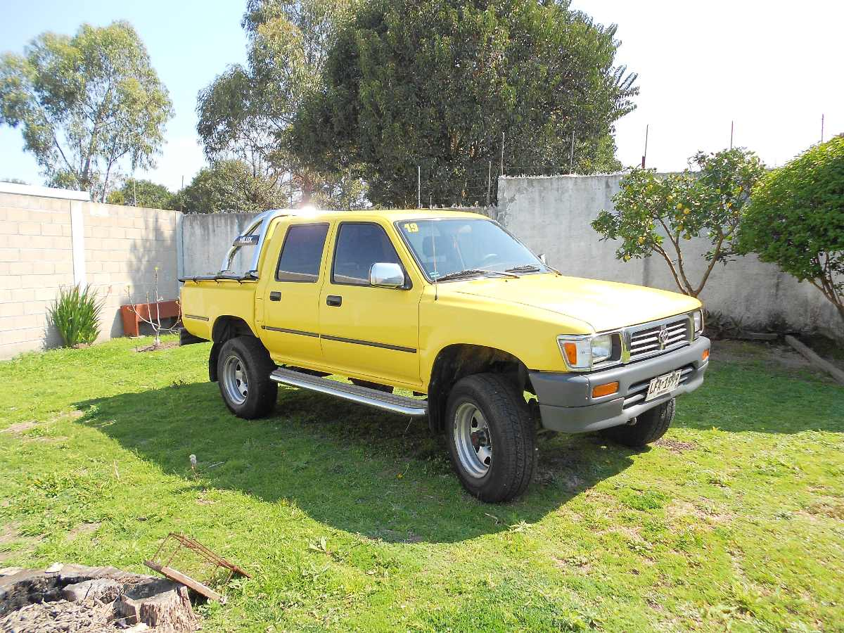 Toyota Hilux 2.8 1991 photo - 10