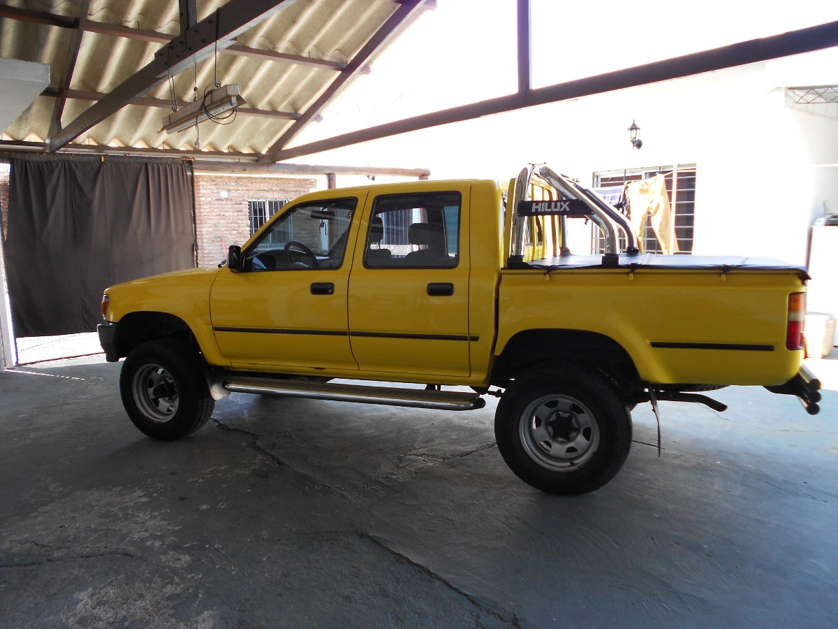 Toyota Hilux 2.8 1991 photo - 7