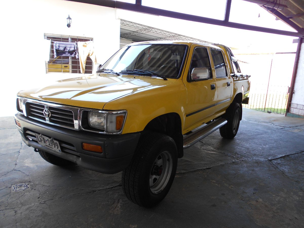 Toyota Hilux 2.8 1991 photo - 8
