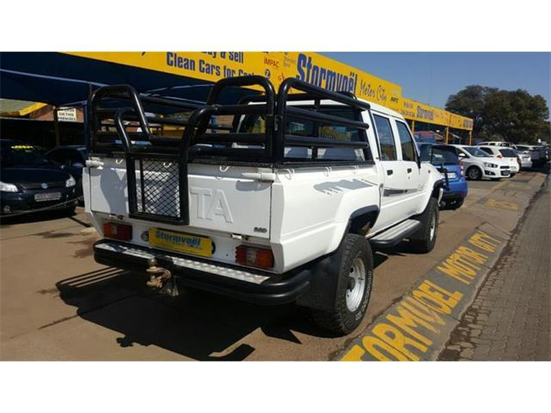 Toyota Hilux 2.8 1997 photo - 3