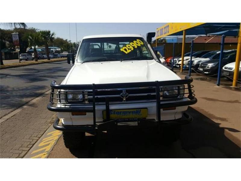 Toyota Hilux 2.8 1997 photo - 7
