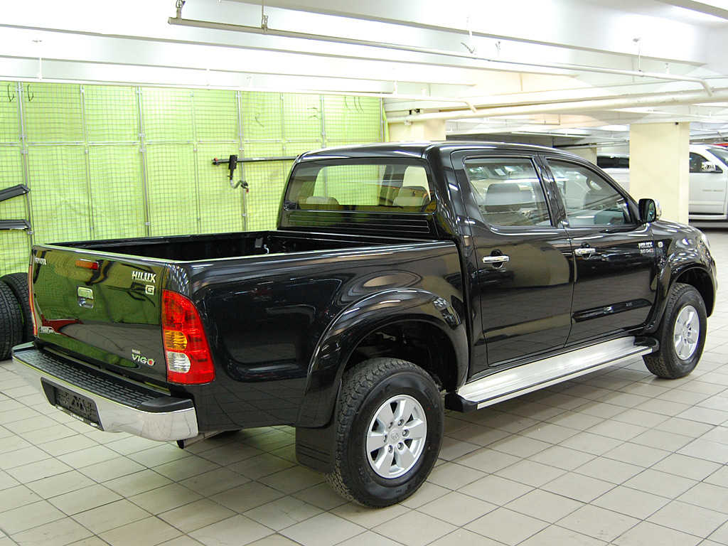 Toyota Hilux 3.0 1984 photo - 8