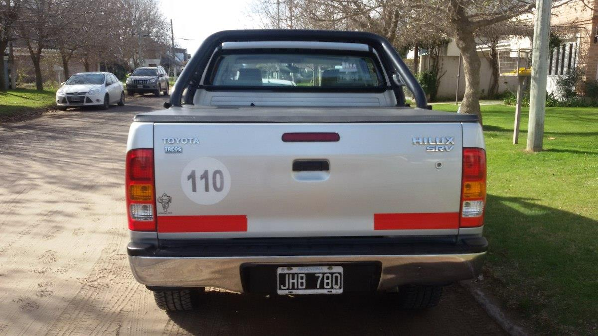 Toyota Hilux 3.0 1986 photo - 2