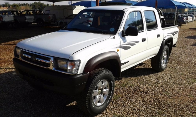 Toyota Hilux 3.0 2001 photo - 4