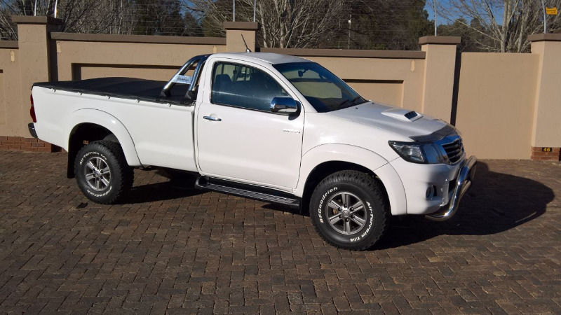 Toyota Hilux 3.0 2012 photo - 2