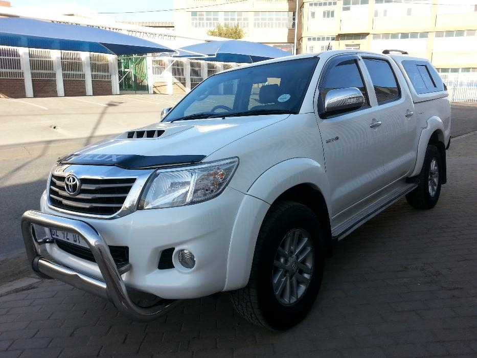 Toyota Hilux 3.0 2012 photo - 6