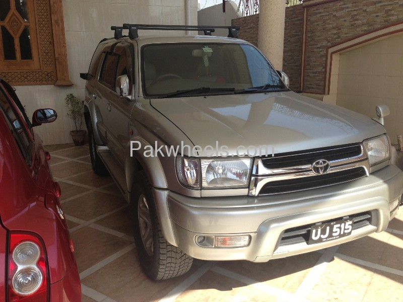 Toyota Hilux 3.4 2001 photo - 2