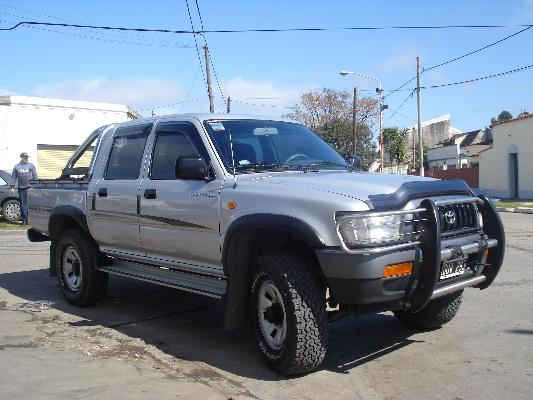 Toyota Hilux 3.4 2001 photo - 5