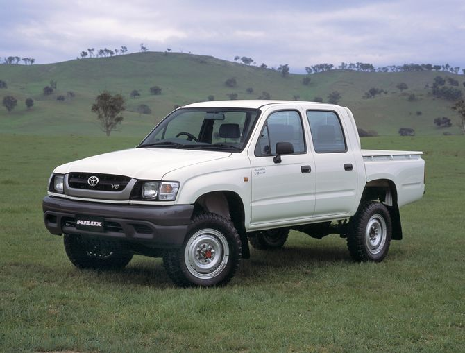Toyota Hilux 3.4 2002 photo - 6