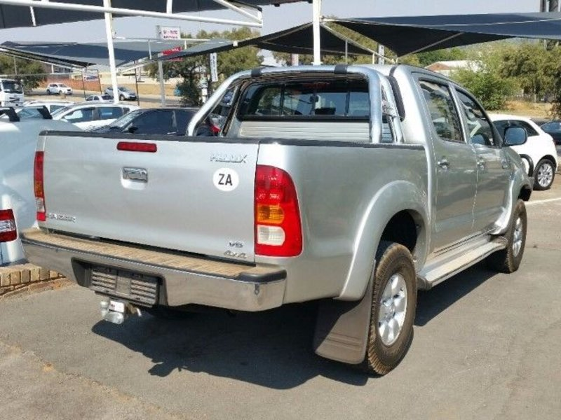 Toyota Hilux 4.0 2005 photo - 10