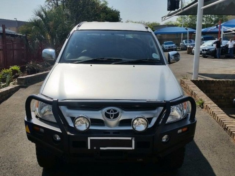 Toyota Hilux 4.0 2005 photo - 12