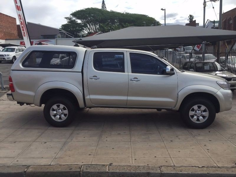 Toyota Hilux 4.0 2005 photo - 2