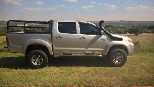 Toyota Hilux 4.0 2005 photo - 4