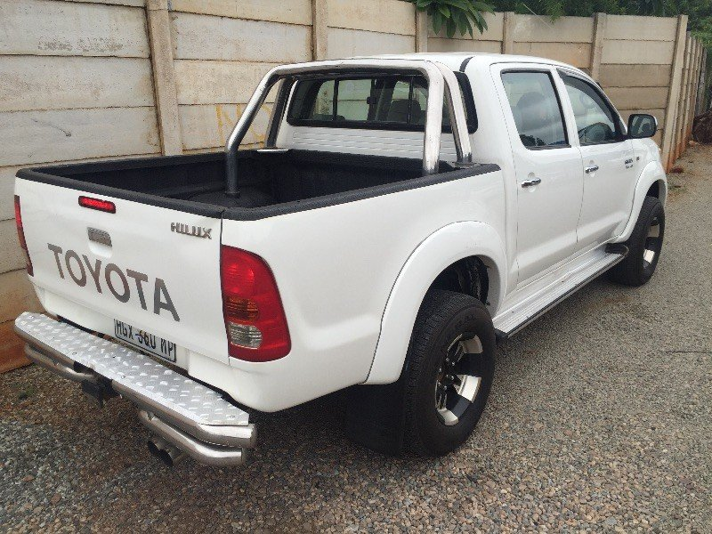 Toyota Hilux 4.0 2005 photo - 5