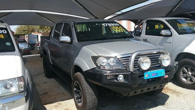 Toyota Hilux 4.0 2005 photo - 8