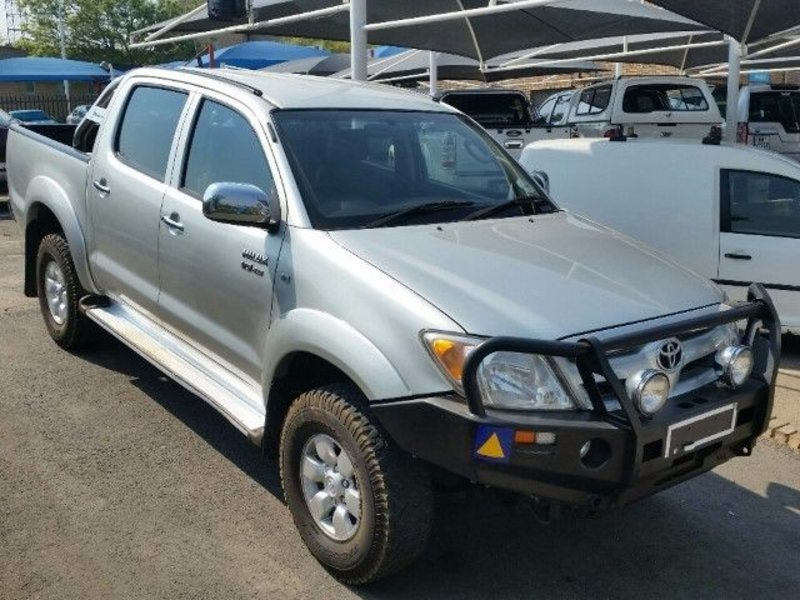 Toyota Hilux 4.0 2005 photo - 9