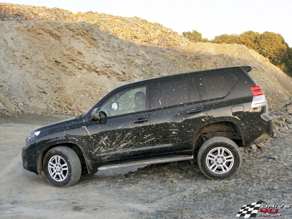 Toyota Land Cruiser Prado 2.7 2010 photo - 10