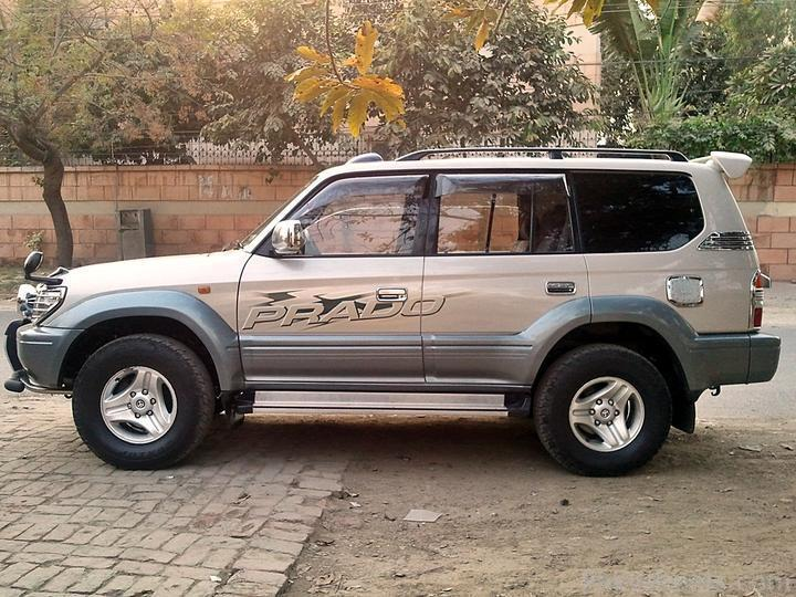 Toyota Land Cruiser Prado 3.0 1992 photo - 8