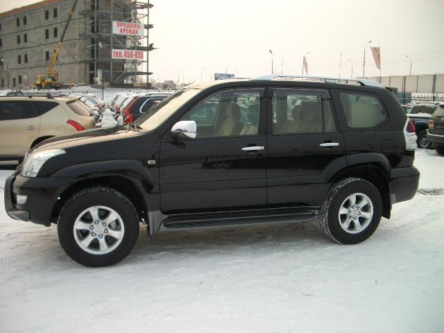 Toyota Land Cruiser Prado 3.0 2009 photo - 2
