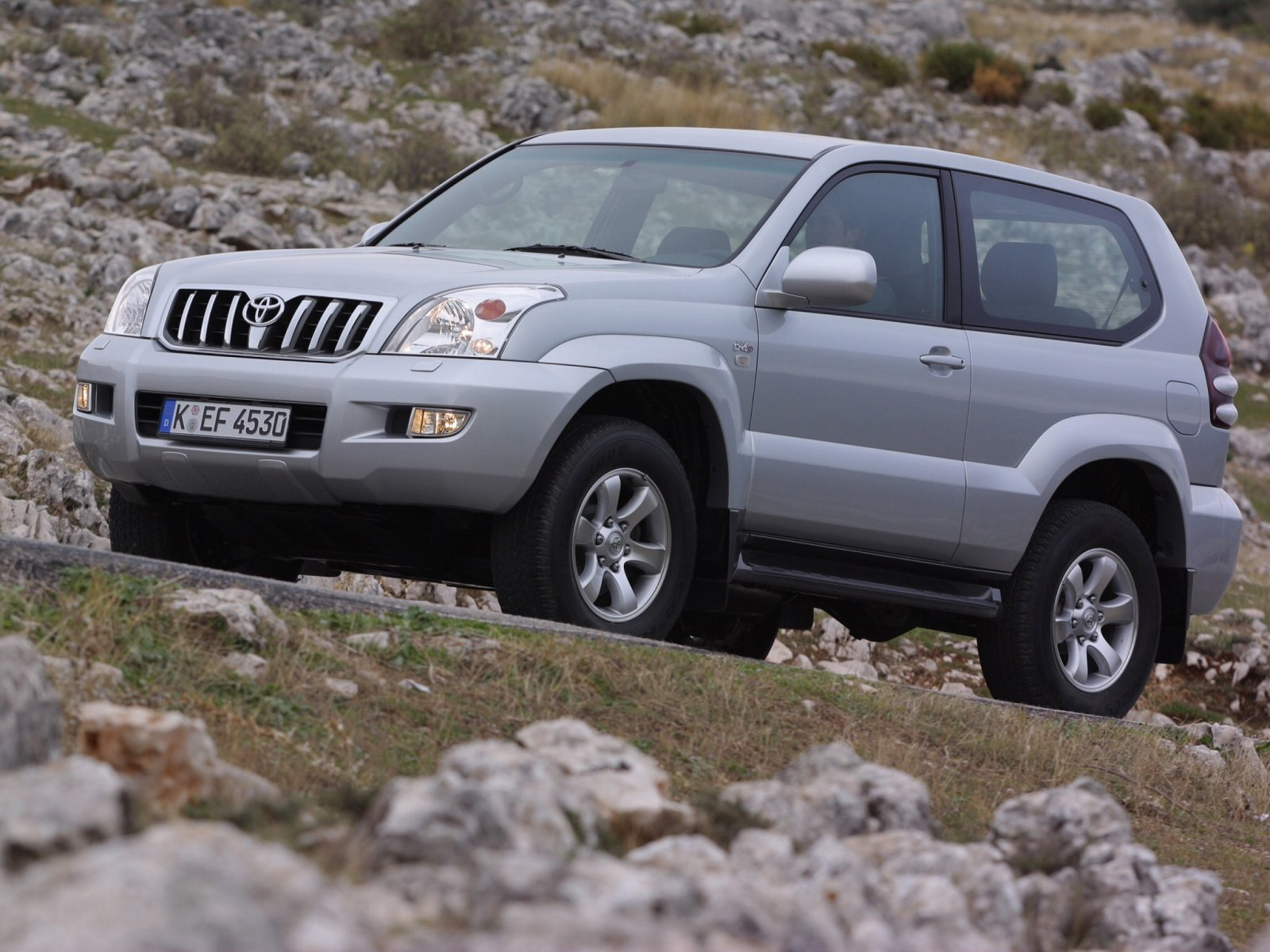 Toyota Land Cruiser Prado 3.0 2009 photo - 8