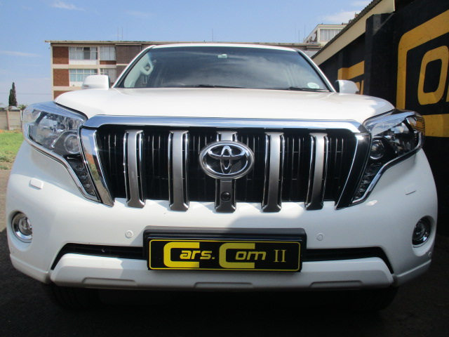 Toyota Land Cruiser Prado 3.0 2014 photo - 11