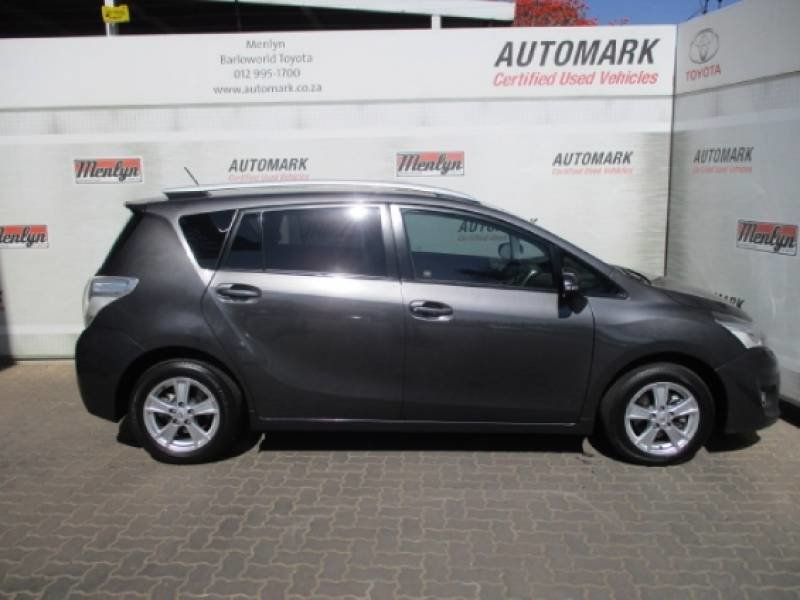 Toyota Verso 1.8 2013 photo - 2