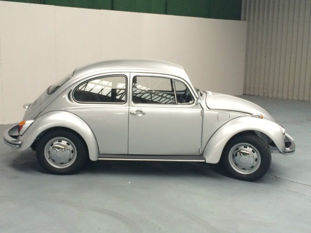 Volkswagen Beetle 1.2 1972 photo - 9
