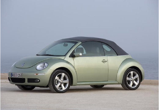 Volkswagen Beetle 2.0 2010 photo - 11