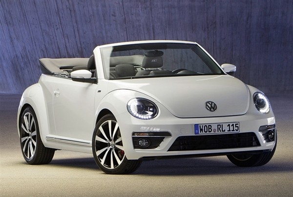 Volkswagen Beetle 2.0 2014 photo - 3
