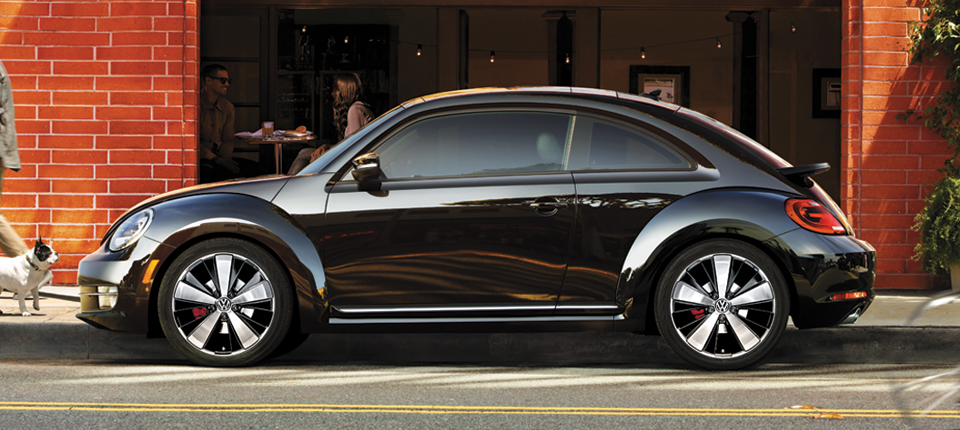 Volkswagen Beetle 2.0 2014 photo - 4