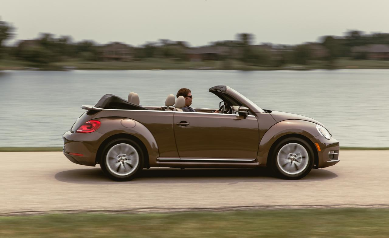 Volkswagen Beetle 2.0 2014 photo - 5