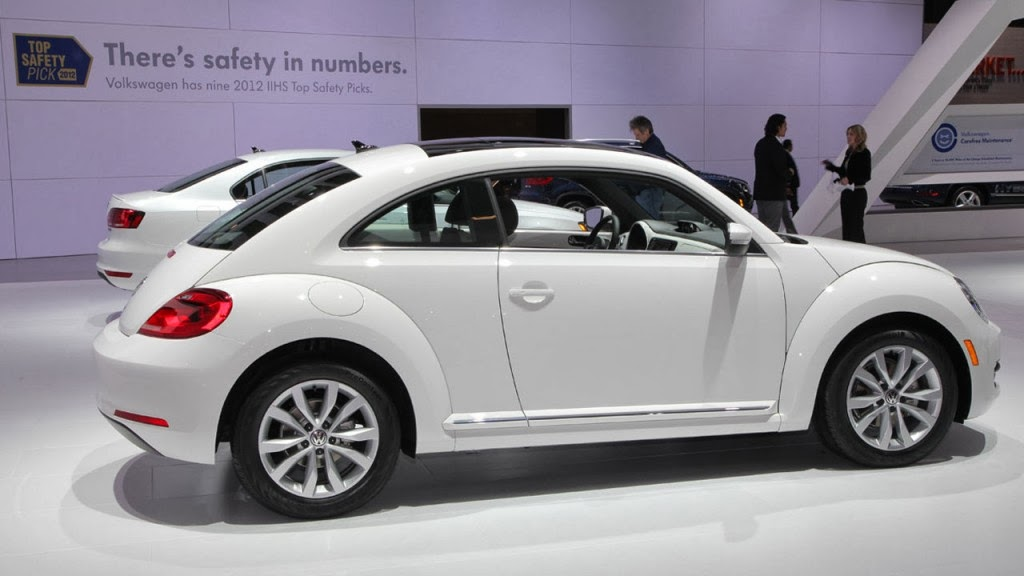Volkswagen Beetle 2.0 2014 photo - 7