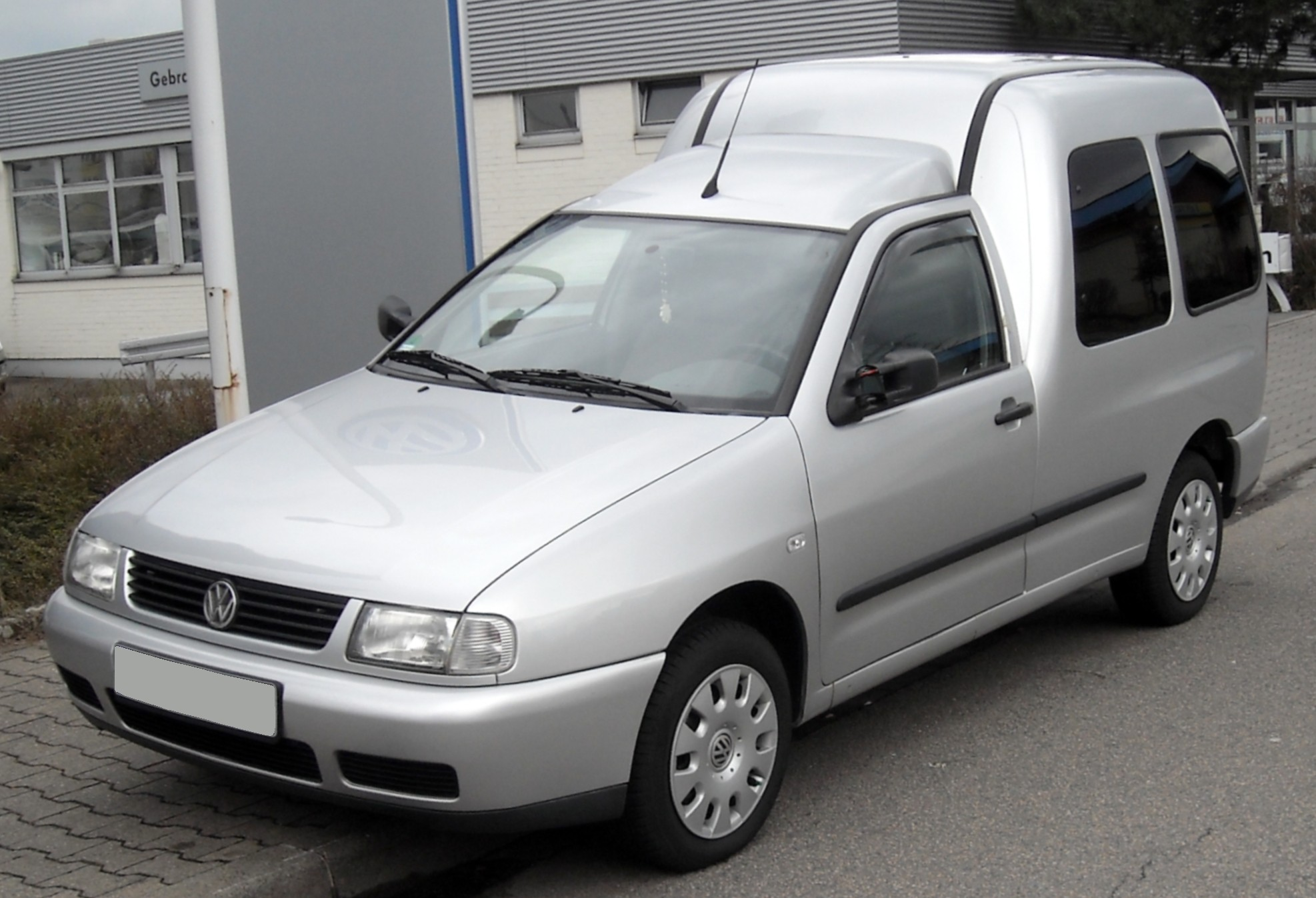 Volkswagen Caddy 1.7 2000 photo - 1
