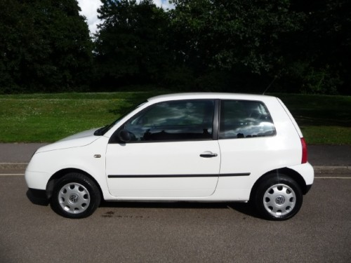 Volkswagen Caddy 1.7 2000 photo - 9