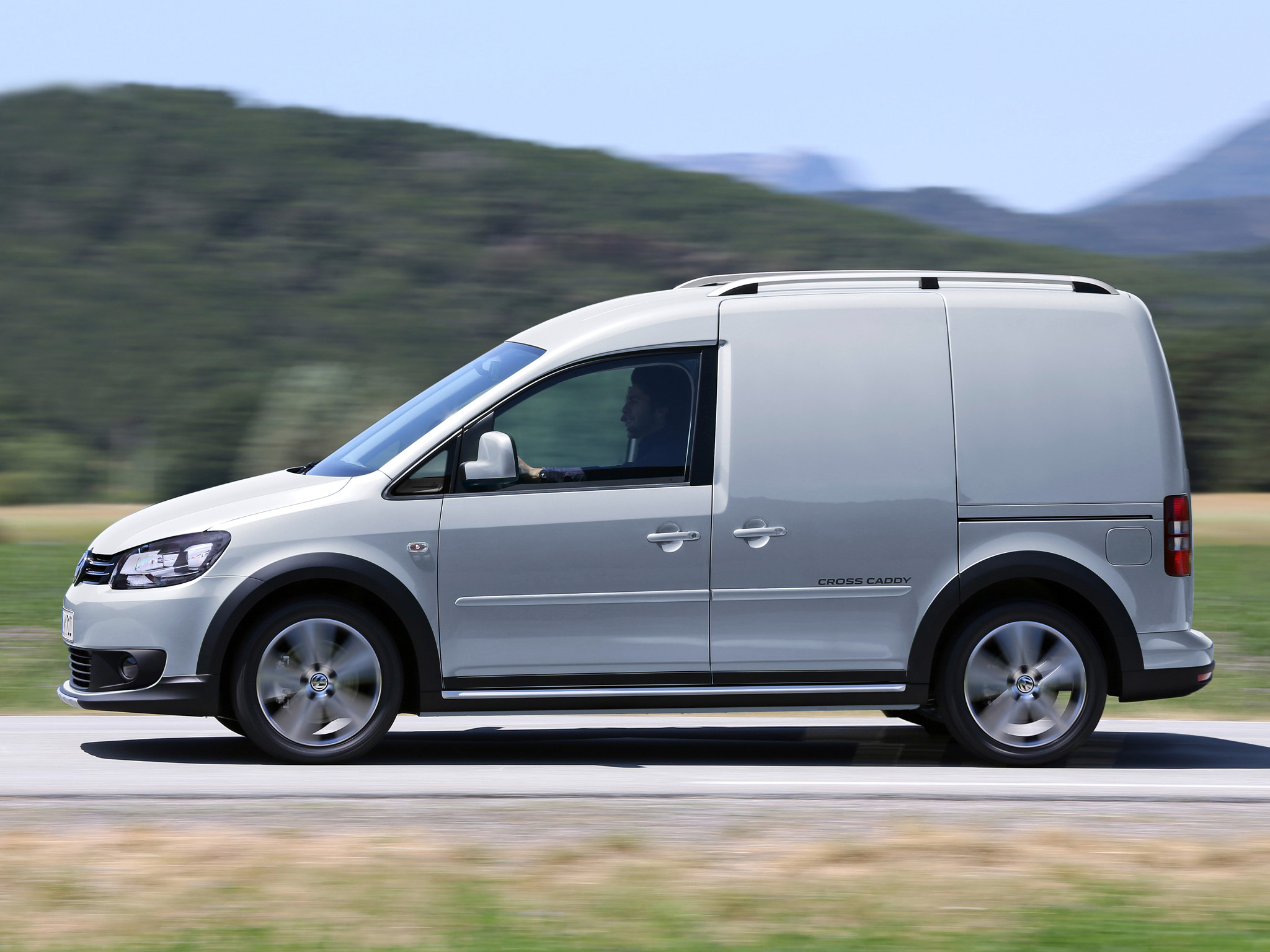 Volkswagen Caddy 1.9 2013 photo - 7