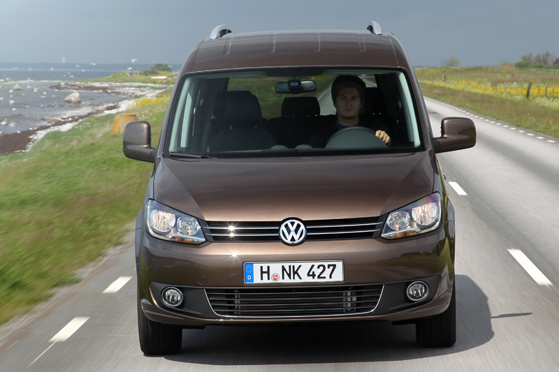 Volkswagen Caddy 2.0 2010 photo - 2
