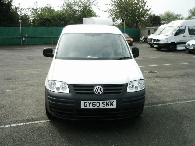 Volkswagen Caddy 2.0 2010 photo - 3