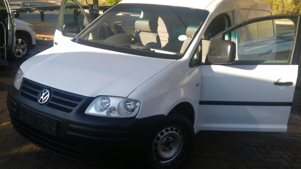 Volkswagen Caddy 2.0 2010 photo - 4