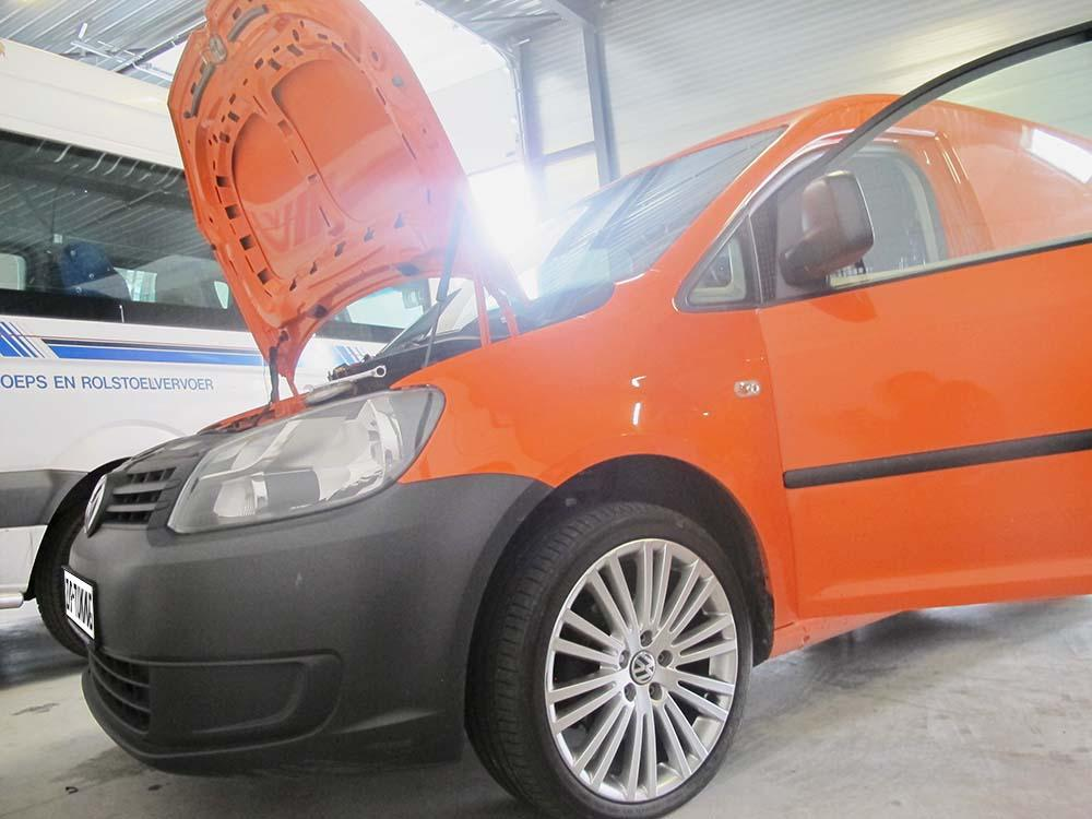 Volkswagen Caddy 2.0 2010 photo - 8