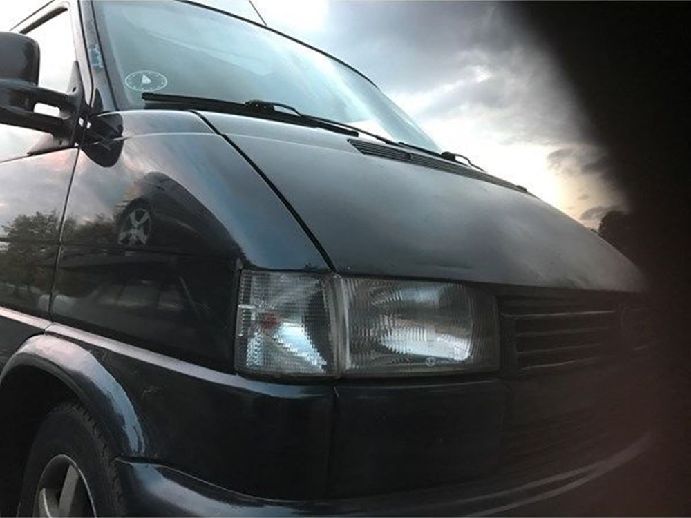 Volkswagen Caravelle 1.9 2000 photo - 10