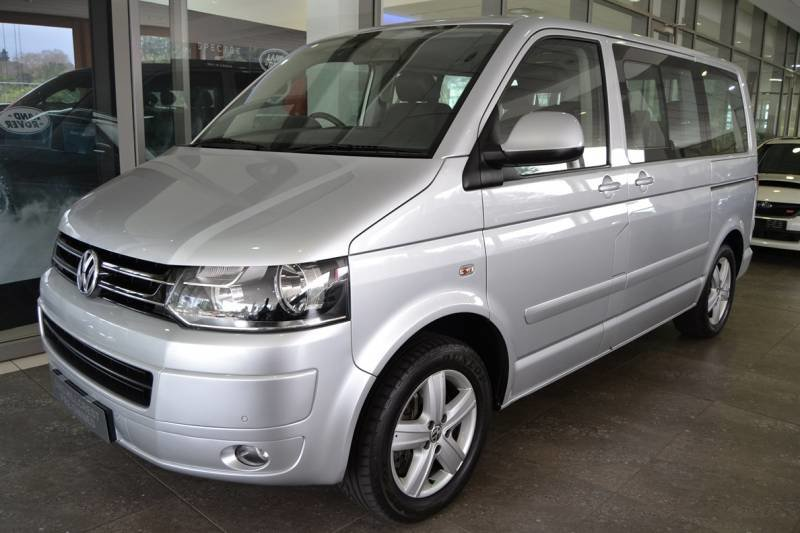 Volkswagen Caravelle 2.0 2011 photo - 10
