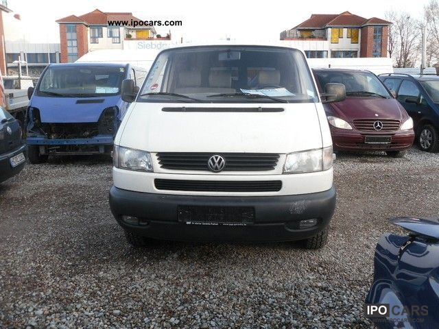 Volkswagen Caravelle 2.4 1997 photo - 5