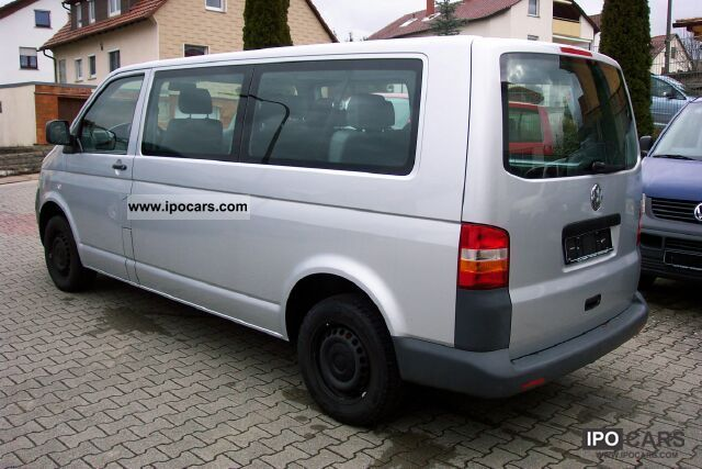 Volkswagen Caravelle 2.5 2008 photo - 3