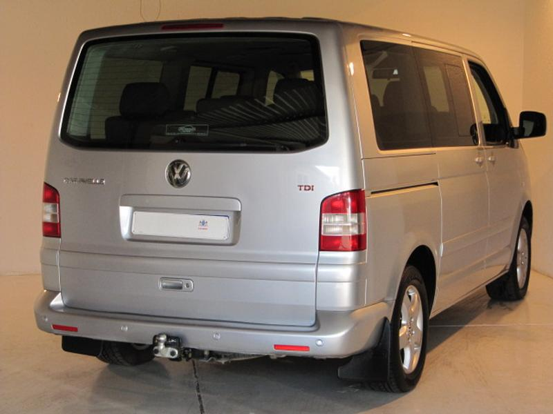 Volkswagen Caravelle 2.5 2008 photo - 9